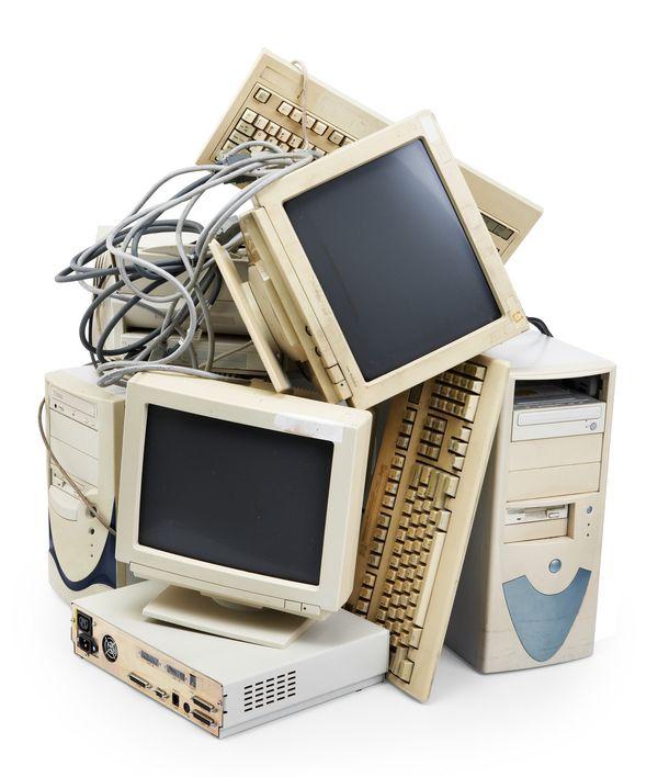 P разработчик прекращает поддержку и выпуск обновлений для устаревших операционных систем/p
